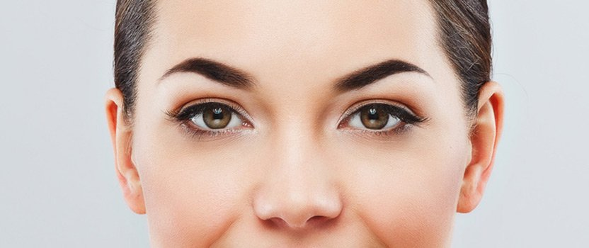 Augenlidkorrektur im Fokus